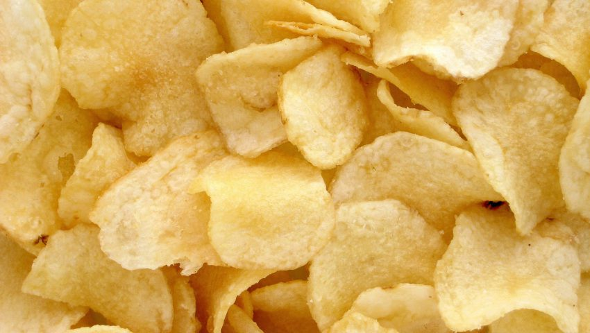 chips-potatoes-1418192_1280