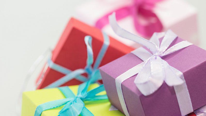 christmas-xmas-gifts-presents