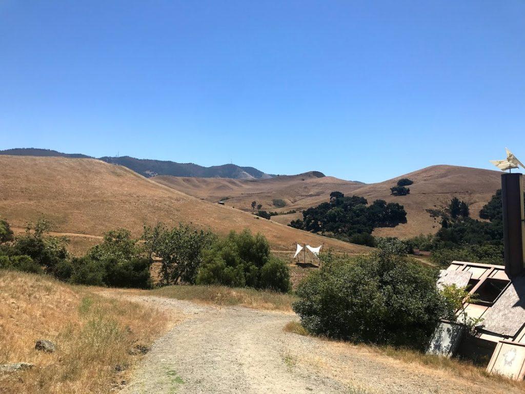カリフォルニア州立工科大学近くにあるポリーキャニオン