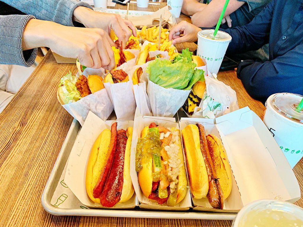 アメリカのシェイクシャック全メニュー、いざ実食!
