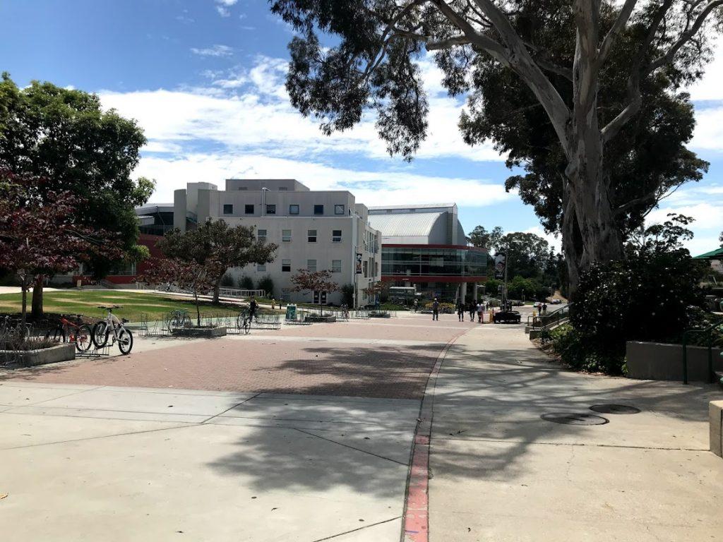 カリフォルニア州立工科大学キャンパスの風景