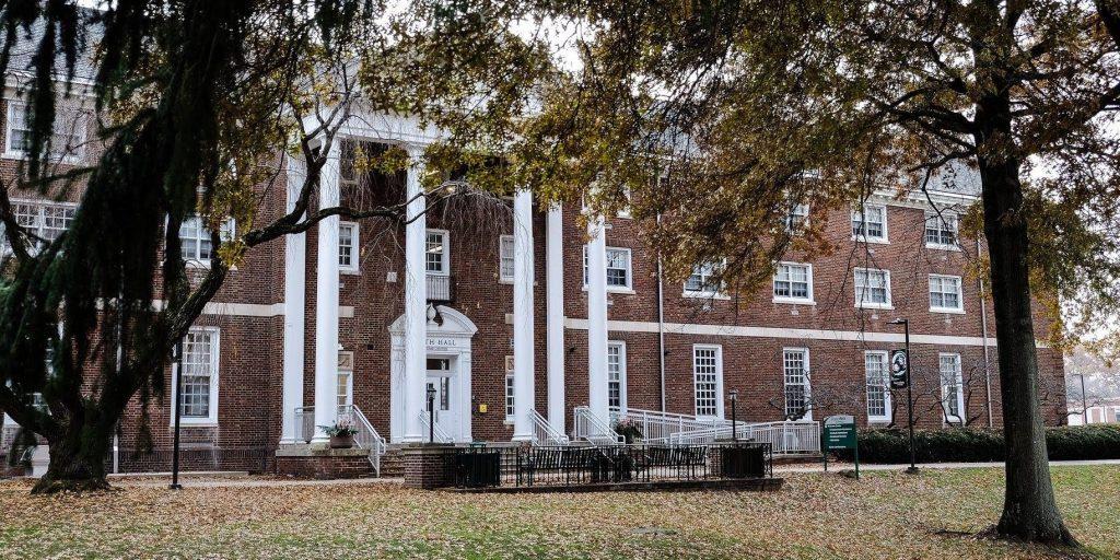 ペンシルバニア州のスリッパリーロック大学(Slippery Rock University of Pennsylvania)