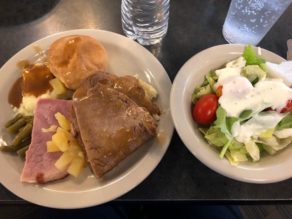ケンタッキーでの食事風景